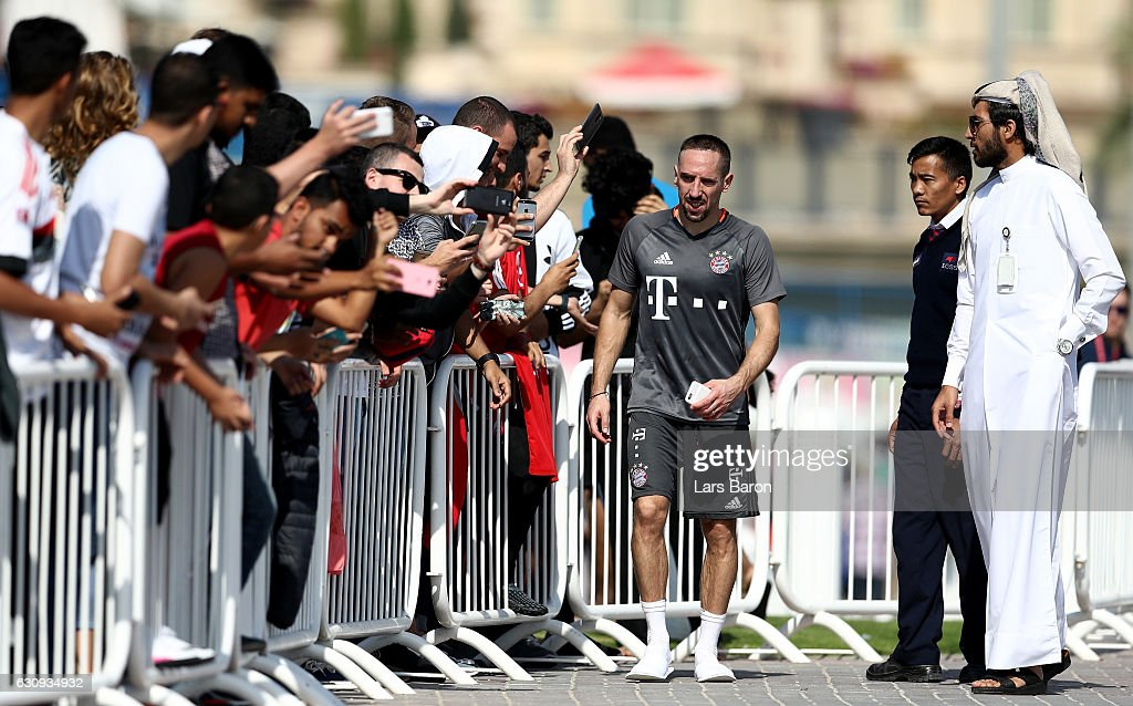 Fans take selfies with Franck Ribery after a training session at day 2 of the Bayern Muenchen training camp at Aspire Academy on January 4, 2017 in Doha, Qatar.