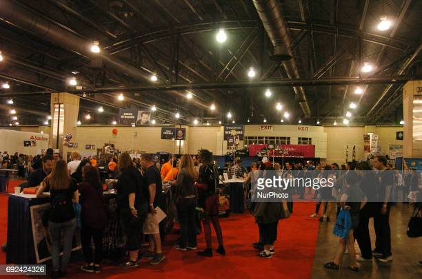 Fans wait for autographs from their favorite celebrities at Wizard World Philadelphia June 2 2017