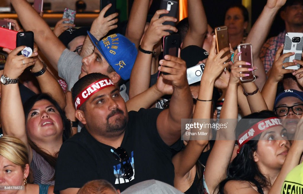 Fans wait for the arrival of boxer Canelo Alvarez at MGM Grand Hotel & Casino on September 12, 2017 in Las Vegas, Nevada. Alvarez will challenge WBC, WBA and IBF middleweight champion Gennady Golovkin for his titles at T-Mobile Arena on September 16 in Las Vegas.