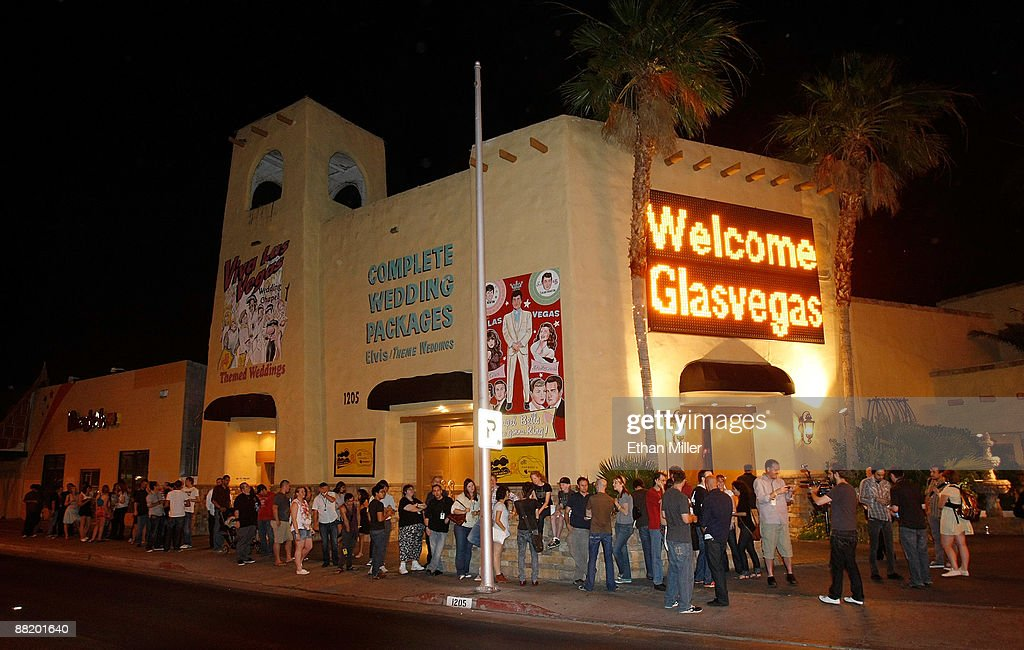Fans Wait Outside The Viva Las Vegas Wedding Chapel For A MySpace Secret Show By