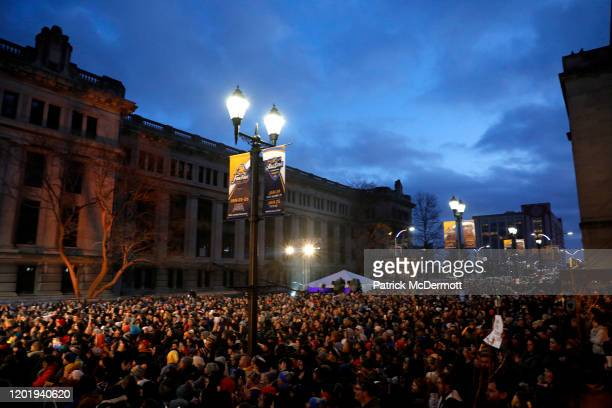 Fans watch a concert by Green Day during the 2020 NHL AllStar Game at the Enterprise Center on January 25 2020 in St Louis Missouri