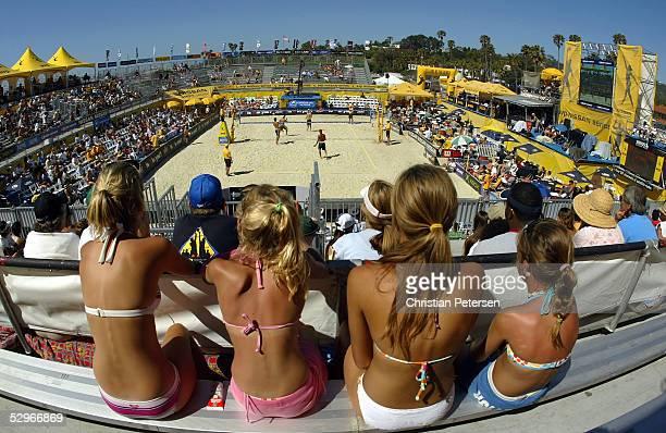 Fans watch AVP action between teammates Jake Gibb/Stein Metzger and Eric Fonoimoana/Mike Lambert during the AVP 2005 Nissan Series Santa Barbara Open...