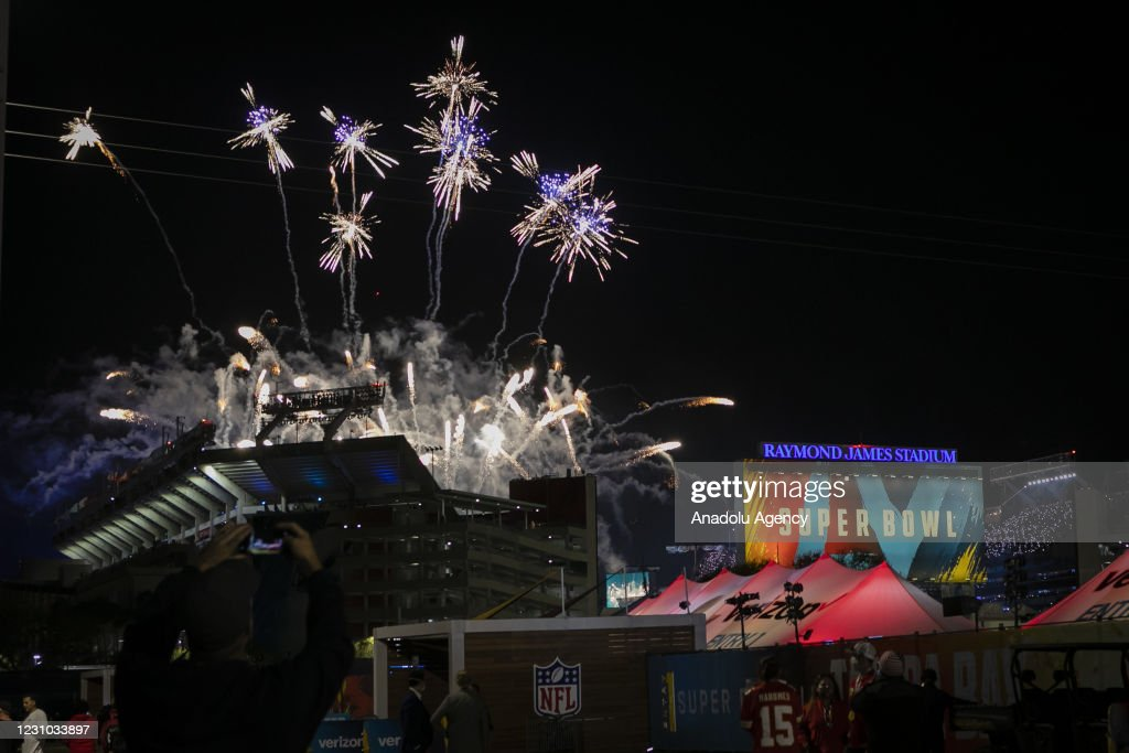 Tampa Bay Buccaneers v Kansas City Chiefs - Super Bowl LV : News Photo