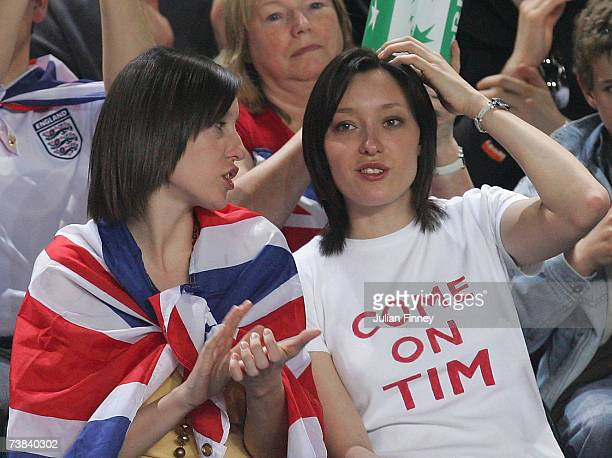 Fans watch on as Tim Henman of Great Britain plays Igor Sisjling of Netherlands during the Davis Cup Europe/Africa Zone Group One tie between Great...