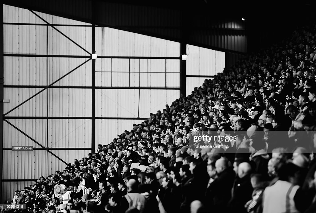 Fans watch the match during the FA Cup Fifth Round match between Bradford City and Sunderland at Coral Windows Stadium, Valley Parade on February 15, 2015 in Bradford, England.