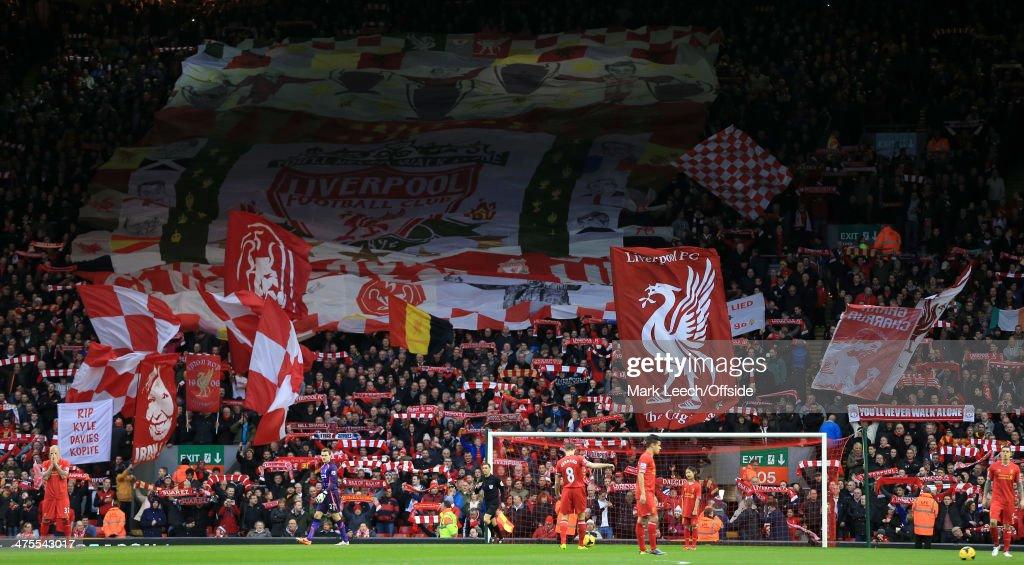 Liverpool v Swansea City - Premier League : Fotografía de noticias