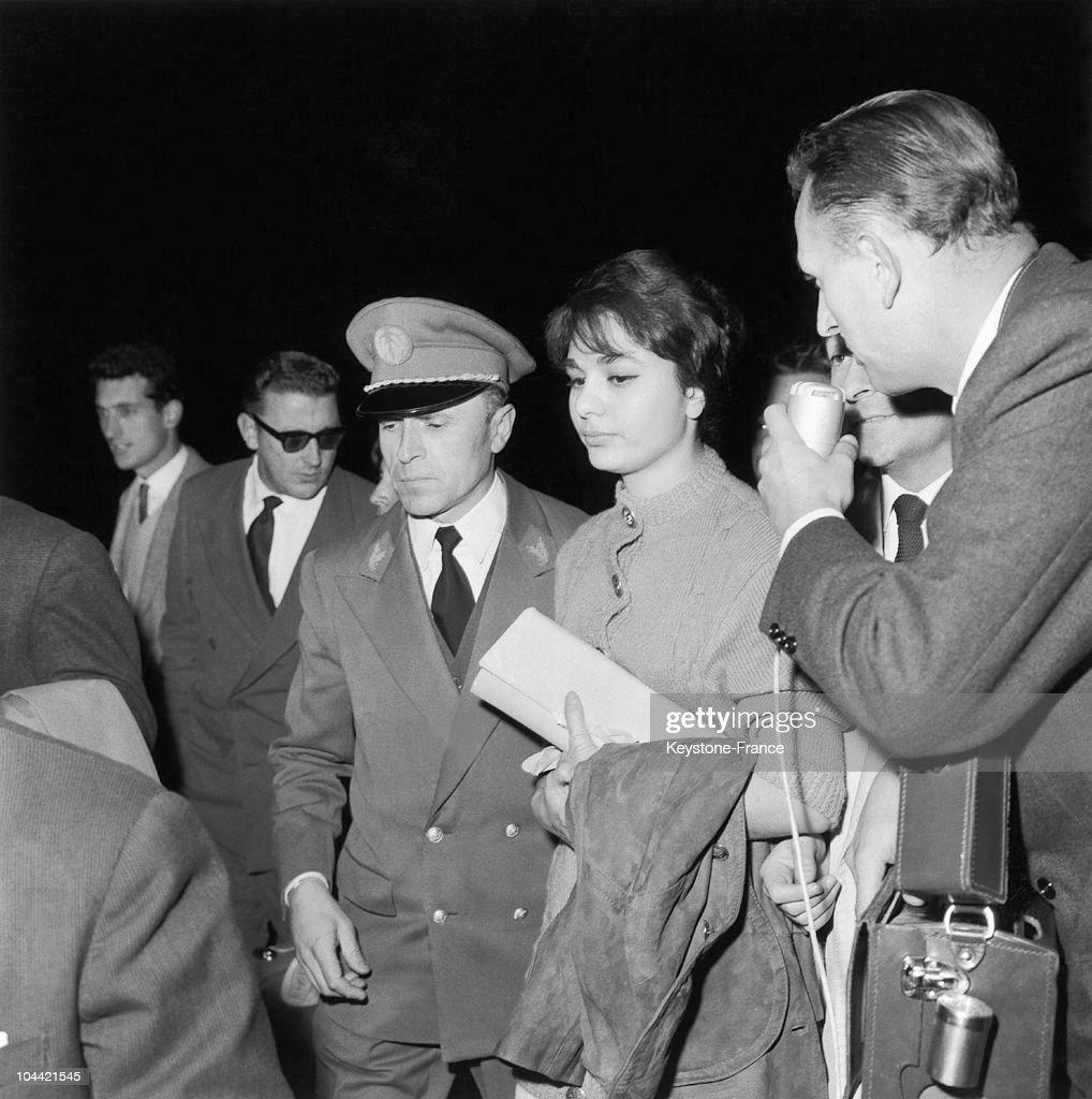 Farah Diba In Paris In 1959 : News Photo