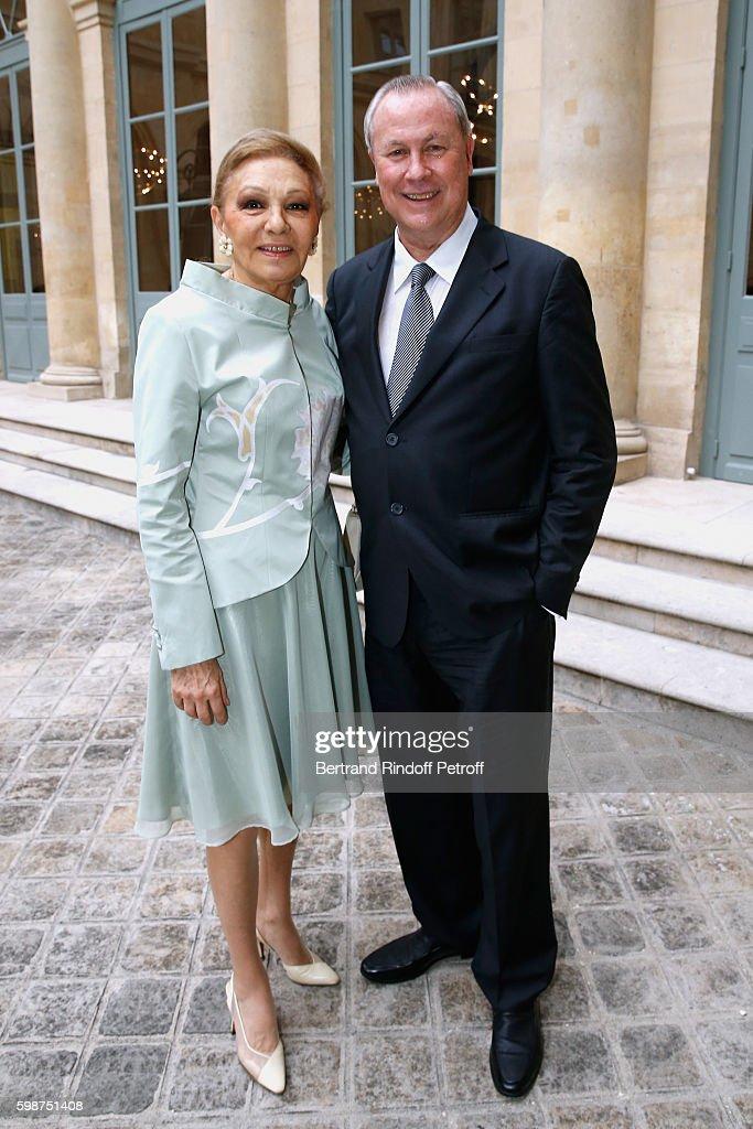 """Presentation Of The New Van Cleef & Arpels Collection : """"L'Arche De Noe Racontee Par Van Cleef & Arpels"""" In Paris : News Photo"""