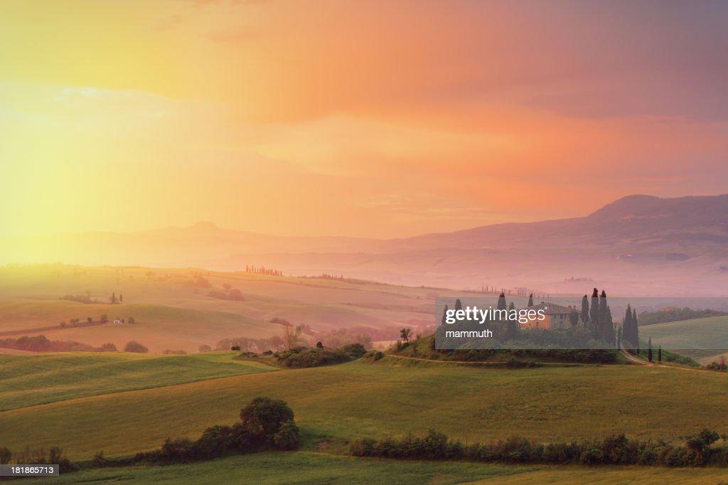 Farm in Tuscany at dawn : Stock Photo