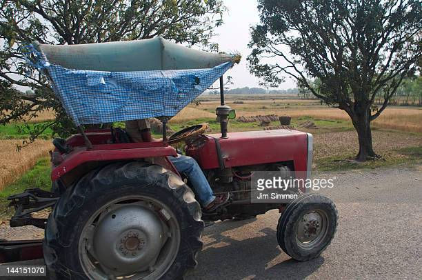 farm tractor - terai stock pictures, royalty-free photos & images