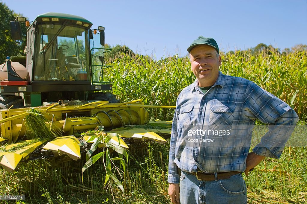 Farmer in his field : Stockfoto