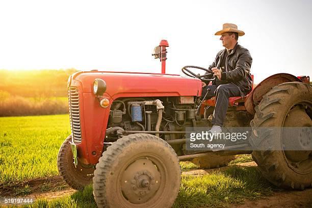 農業従事者 - トラクター ストックフォトと画像