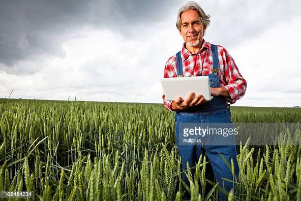 farmer Verkauf seine crop über das internet