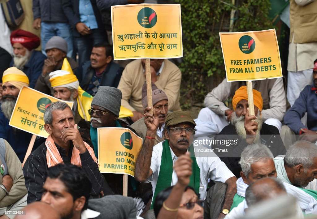 Farmers from across the country holding a demonstration in support of their various long pending demands at Jantar Mantar on November 21, 2017 in New Delhi, India. A Kisan Sansad, or Farmers Parliament, comprising members from over 25 states gathered in capital to press demands for fair crop prices and loan waivers, returning the spotlight to prevailing agrarian distress.