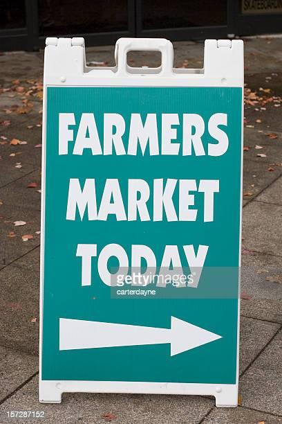 farmers market today sign, arrow right