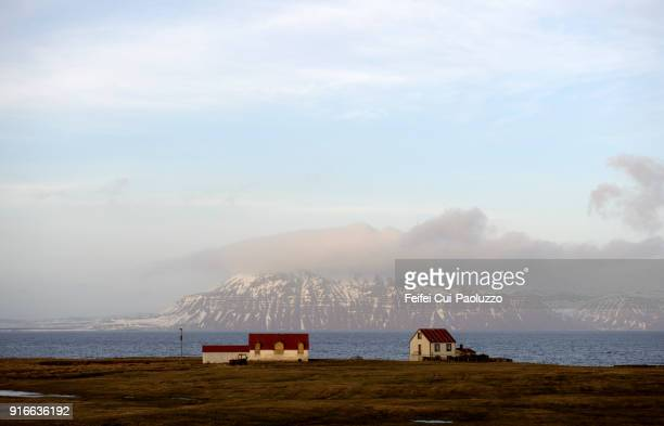 farmhouse at vopnafjördur, northeast iceland - austurland stock pictures, royalty-free photos & images