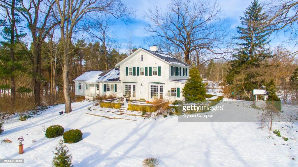 Farmhouse Scenics in Winter in Ohio : Stock-Foto