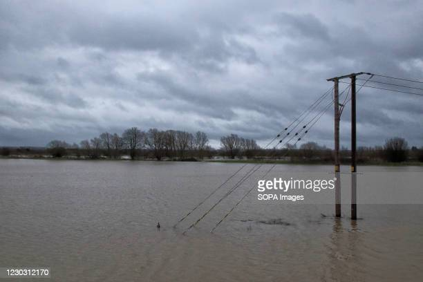 Farming fields submerged in flood water Widespread flooding in Bedford and surrounding villages, where the River Great Ouse has burst its banks....