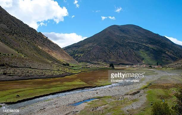 farming village - paisajes de venezuela fotografías e imágenes de stock