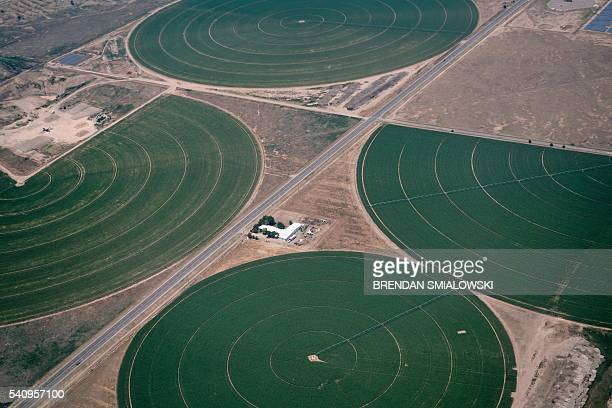 Farms are seen as Air Force One approaches Roswell International Air Center June 17 2016 in Roswell New Mexico / AFP / Brendan Smialowski