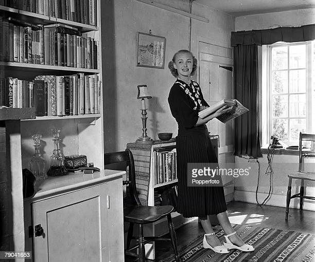 Farnham England British actress Susan Shaw is pictured at home