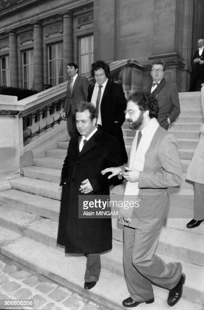 Farouk Kaddoumi chef de la diplomatie de l'Organisation de Libération de la Palestine et Ibrahim Souss représentant de l'OLP en France après une...