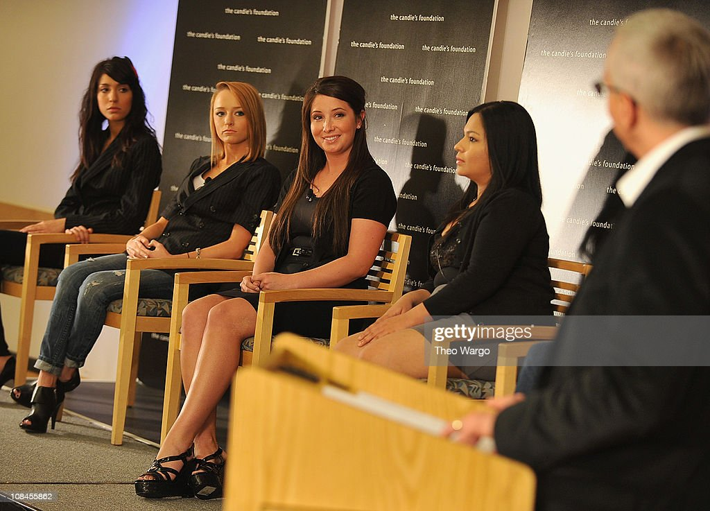 'The Harsh Truth: Teen Moms Tell All' Town Hall Meeting Sposored By The Candie's Foundation : News Photo