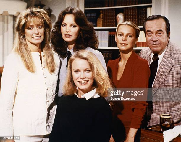 Farrah Fawcett Jaclyn Smith Shelley Hack Cheryl Ladd and David Doyle on the set of Charlie's Angels