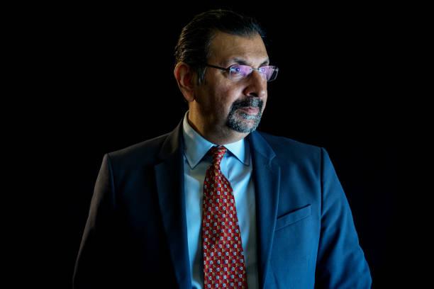 PAK: Pakistan Stock Exchange CEO Farrukh Khan Interview