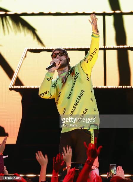 Farruko performs on stage at Univision's 31st Edition Of Premio Lo Nuestro A La Musica Latin at American Airlines Arena on February 21 2019 in Miami...