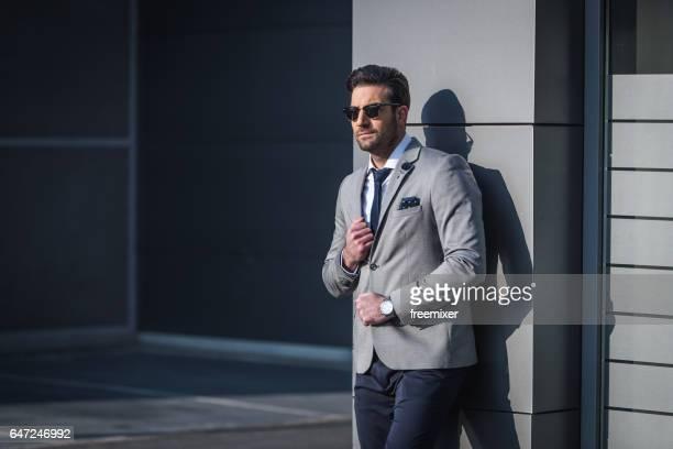 moda e negócios - blazer cinzento - fotografias e filmes do acervo