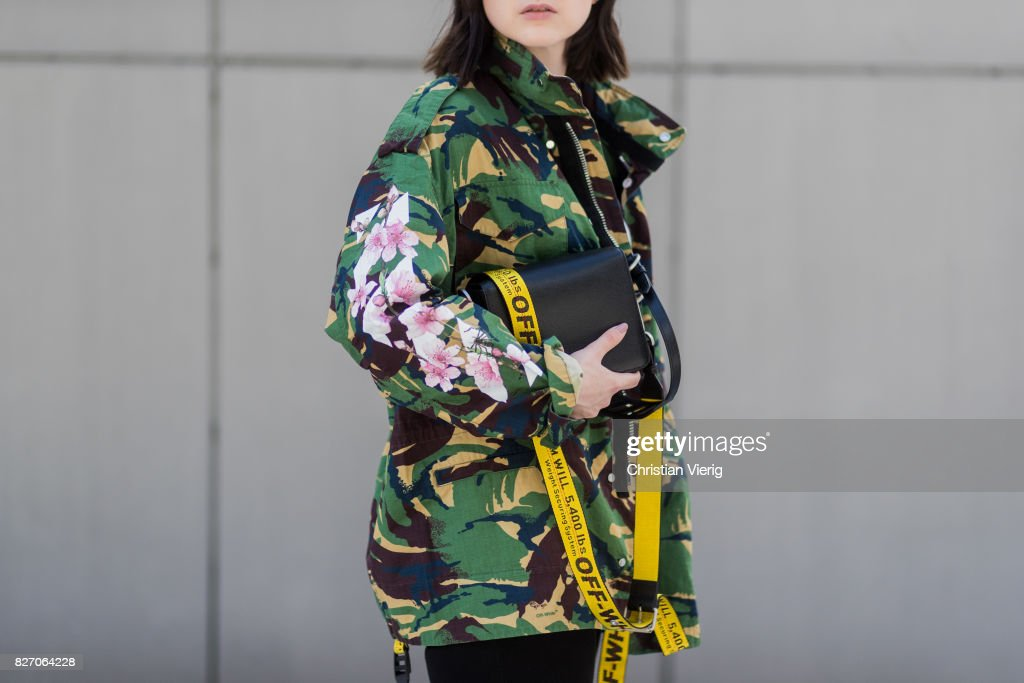 Street Style - Duesseldorf - August 2017 : News Photo