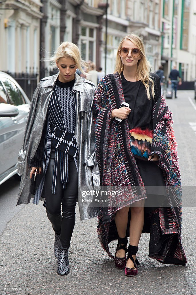 Street Style - Day 3 - London Collections Women SS17 : News Photo