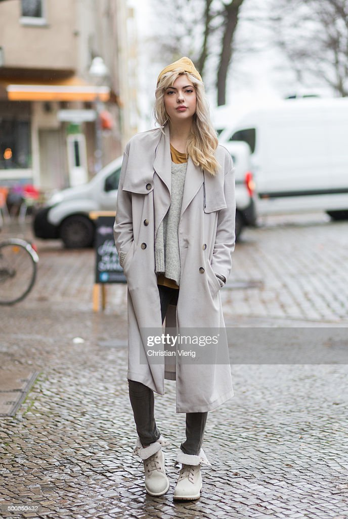 Street Style In Berlin - December 10, 2015 : News Photo