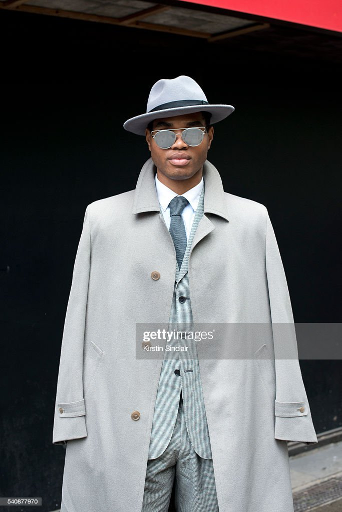 Fashion Blogger Omiri Thomas Wears Massimo Dutti Jacket Austin Reed News Photo Getty Images