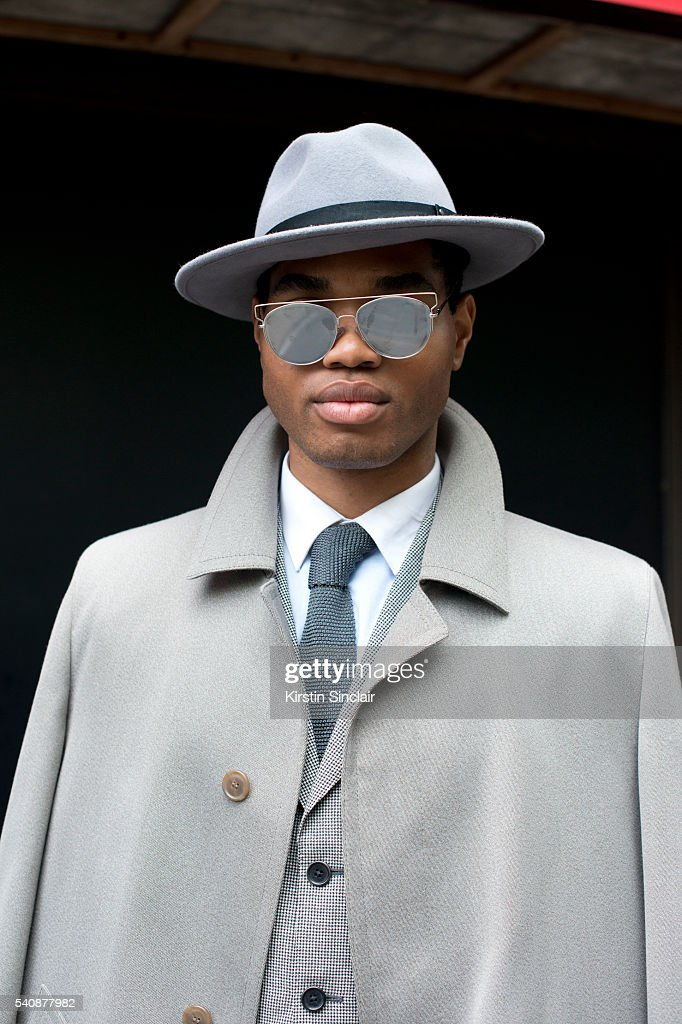 Fashion Blogger Omiri Thomas Wears Massimo Dutti Jacket Austin Reed News Photo Getty Images
