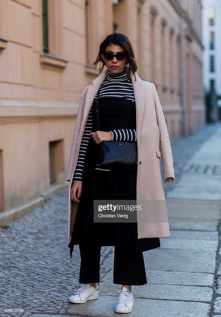 Prada Bag Blogger
