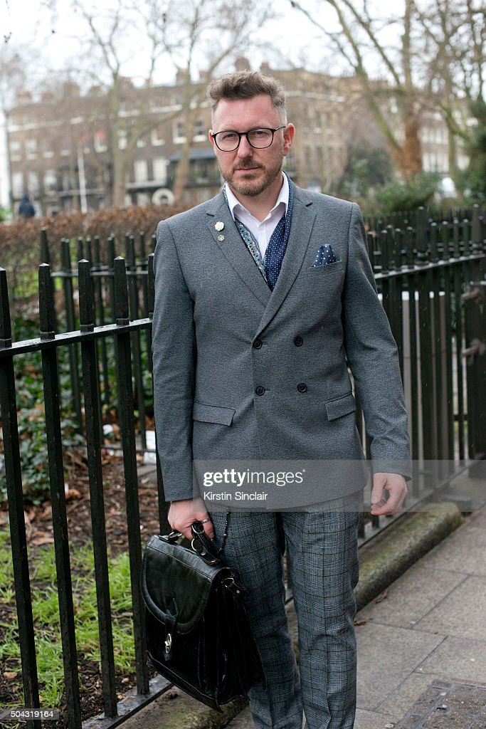 Street Style - London Collections: MEN AW16 : News Photo