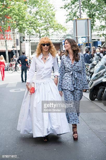 b6869b3604222a Fashion buyer and Kabuki boutique owner Elina Halimi wears Ray Ban  sunglasses a Toni Maticevski skirt