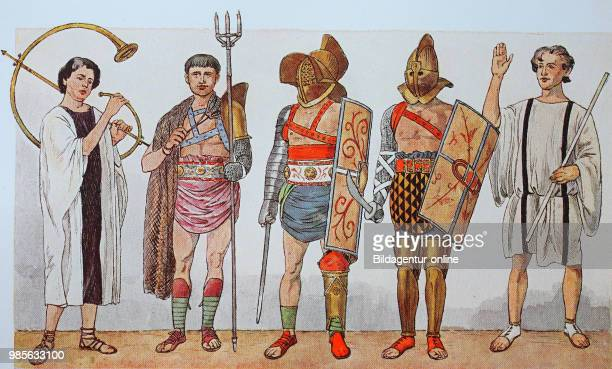 Fashion clothing in Italy Rome armies and fencing of the imperial era from the left a hornblower a Netzfechter a gladiator a Fecjter with Thracian...