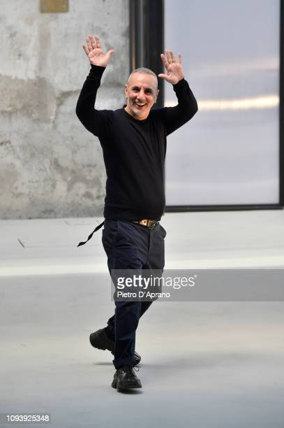 Fashion designer Alessandro Dell' Acqua walks the runway during the finale at the N.21 show during Milan Menswear Fashion Week Autumn/Winter 2019/20...