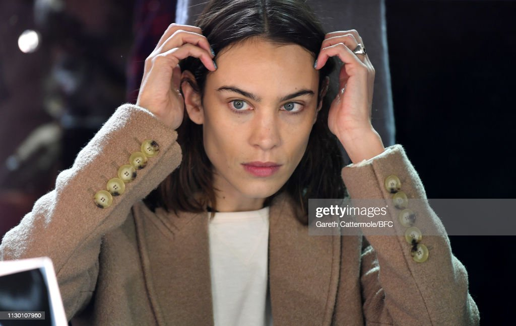 GBR: ALEXACHUNG - Backstage - LFW February 2019