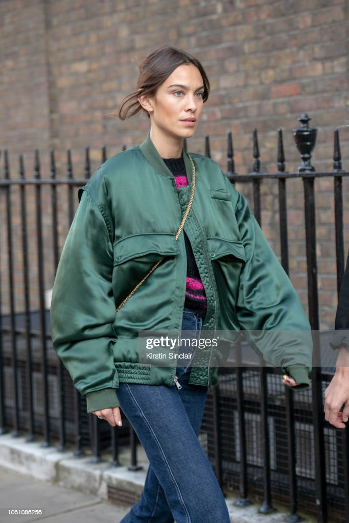 Street Style - LFW September 2018 : News Photo