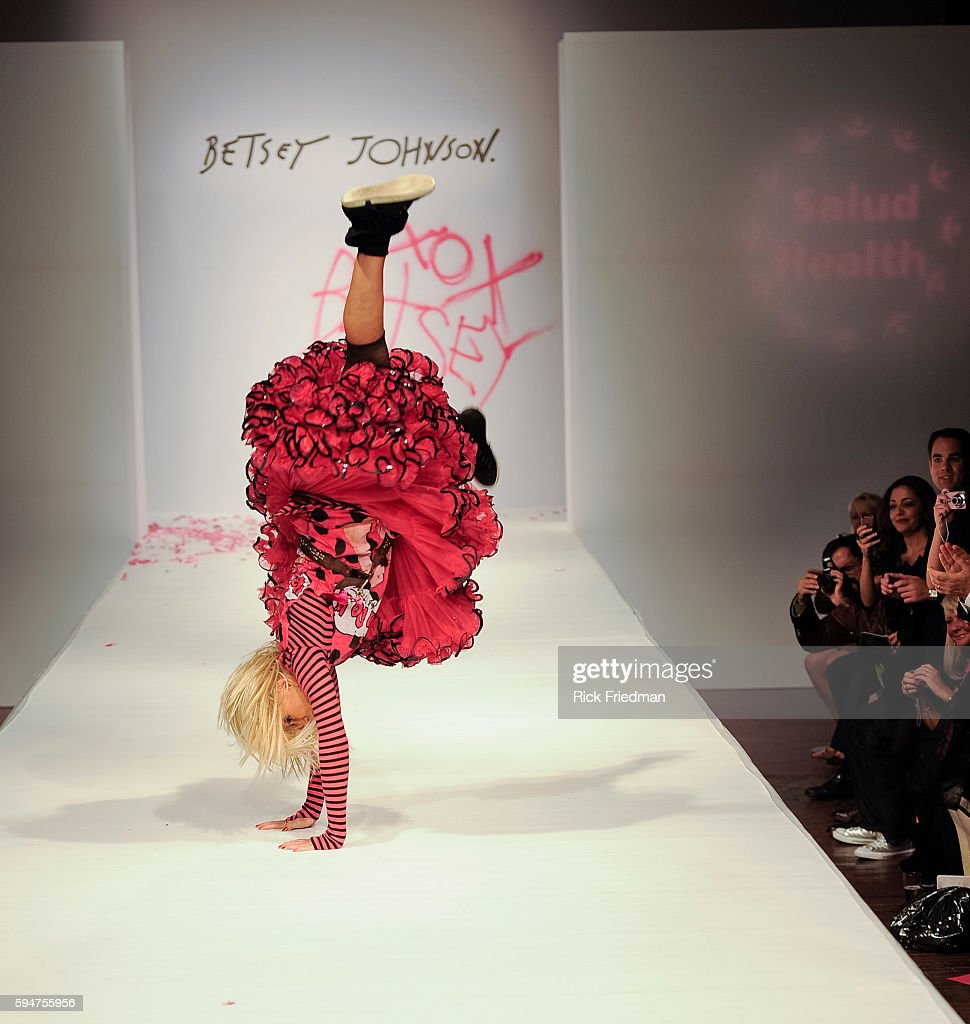 Fashion Designer Betsey Johnson Does A Cartwheel After Presenting Her News Photo Getty Images