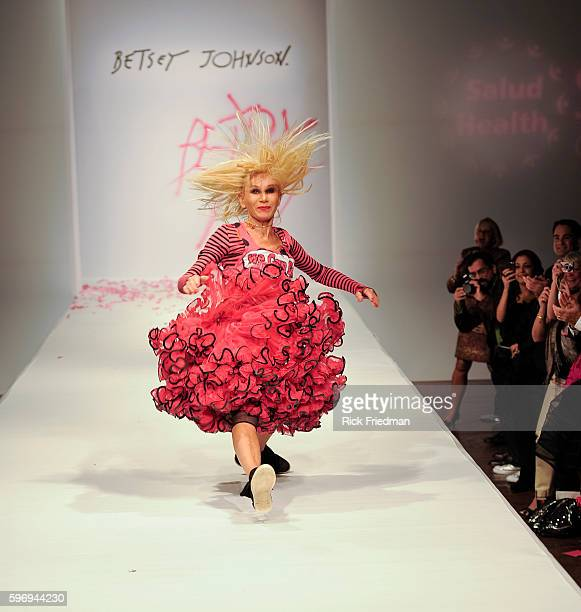 22 Fashion Betsey Johnson Cartwheel Photos And Premium High Res Pictures Getty Images