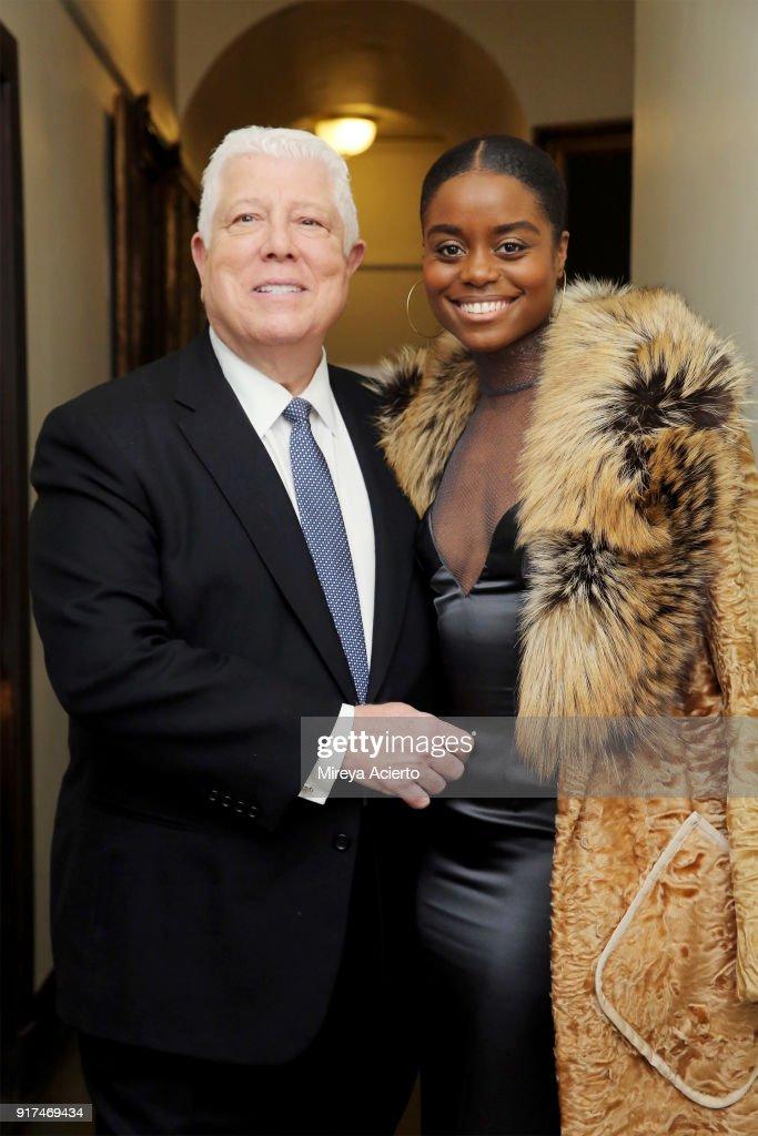 Dennis Basso - Front Row - February 2018 - New York Fashion Week : News Photo