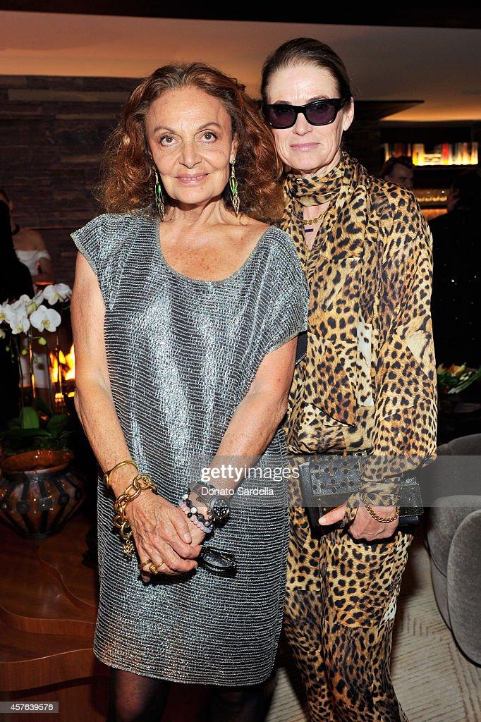 Fashion designer Diane Von Furstenberg (L) and West Coast Director of Vogue and Teen Vogue Lisa Love attend the CFDA/Vogue Fashion Fund evening dinner on October 21, 2014 in Los Angeles, California.