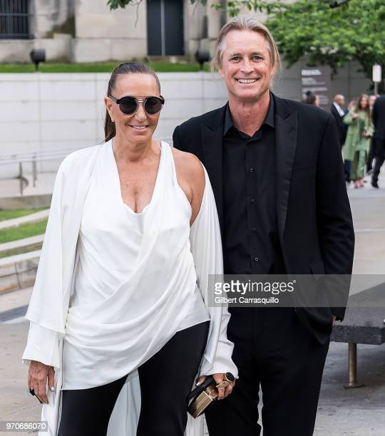 Fashion designer Donna Karan and photographer Russell James are seen arriving to the 2018 CFDA Fashion Awards at Brooklyn Museum on June 4 2018 in...
