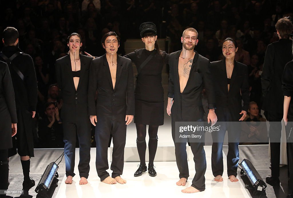 Esther Perbandt Show - Mercedes-Benz Fashion Week Berlin Autumn/Winter 2016