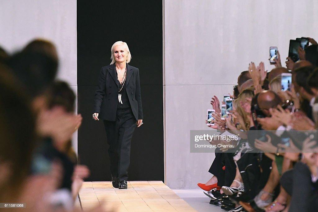 Christian Dior : Runway - Paris Fashion Week Womenswear Spring/Summer 2017